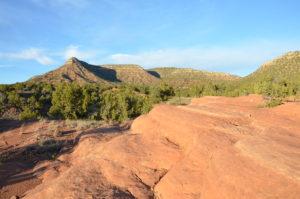 Foto: rotbraune Hügel in New Mexico