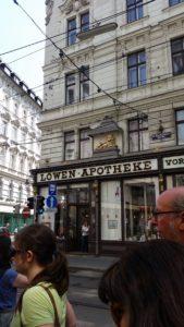 Jane's Walk: die alte Loewen Apotheke